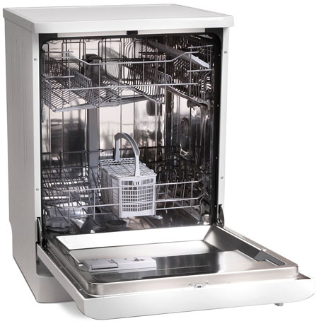 Montpellier dishwasher with the door open