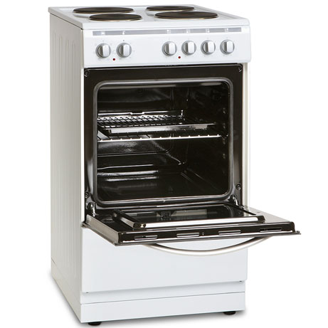 Montpellier Freestanding Cooker with the door open
