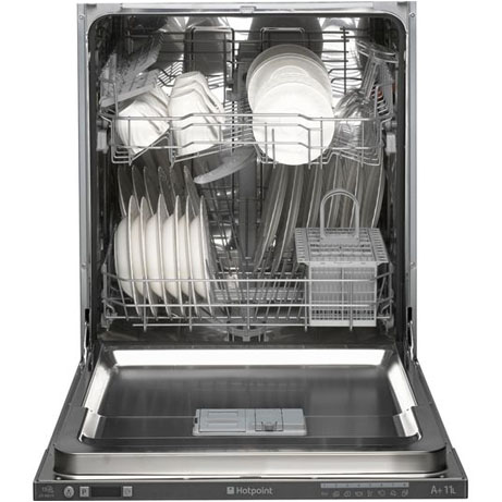 hotpoint integrated dishwasher loaded with crockery