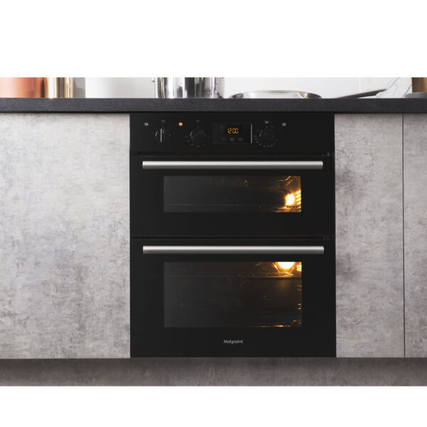 Hotpoint Built-Under Double Oven with the doors closed