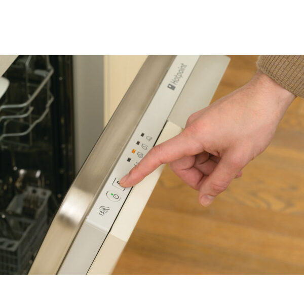 Hotpoint fully integrated dishwasher program panel