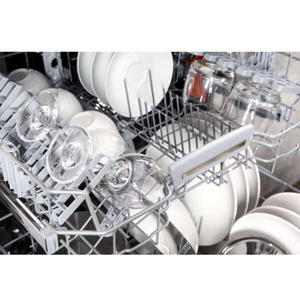Hotpoint Integrated Dishwasher top basket