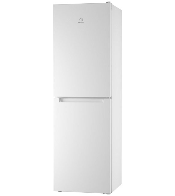 Indesit Fridge Freezer with the doors closed