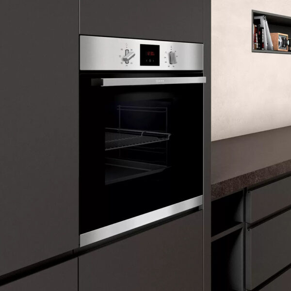 Neff Single Oven in a housing