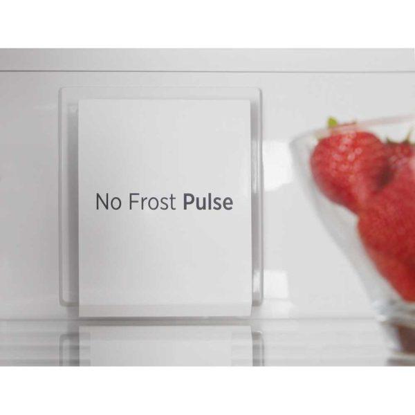 Hoove Fridge Freezer on frost
